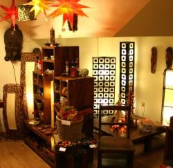 antikm bel shop kolonialstil m bel aus indien die guru l den in berlin in brandenburg. Black Bedroom Furniture Sets. Home Design Ideas