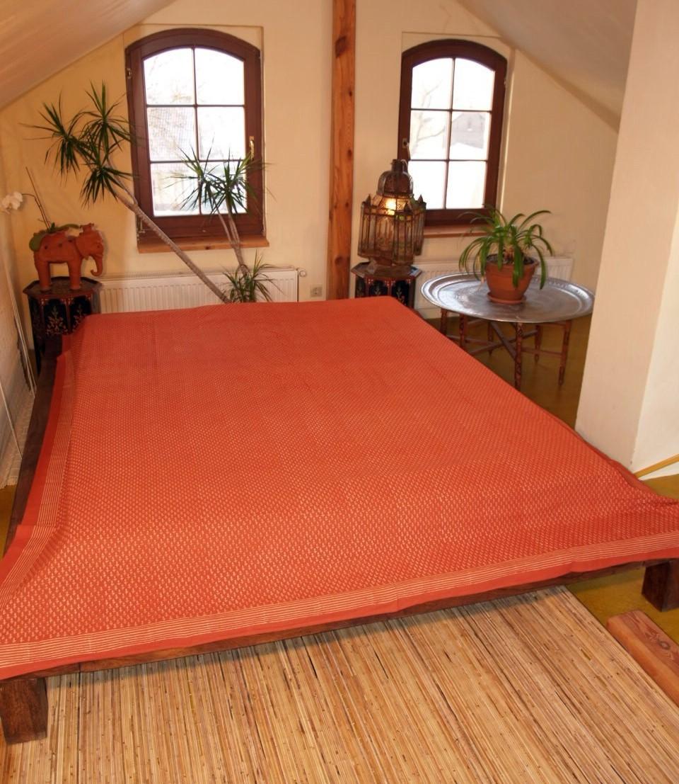 tagesdecke bett berwurf nr 51 orange. Black Bedroom Furniture Sets. Home Design Ideas