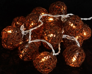 Rattan Ball LED Kugel Lampion Lichterkette - braun