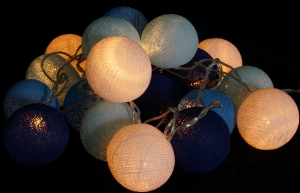 Stoff Ball Lichterkette LED Kugel Lampion Lichterkette - blau/wei..